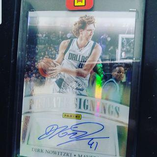 Panini 1 of 1 Dirk Nowitzki sticker auto card