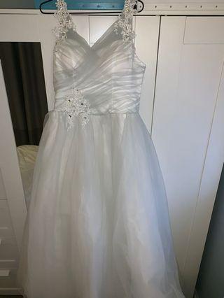拖尾婚紗-暗灰色