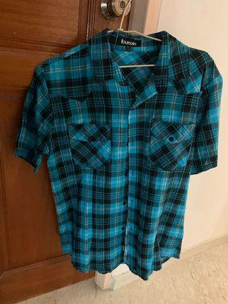 🚚 Fourskin Blue and black checkered top
