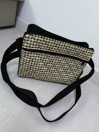 NaRaYa ladies' sling bag