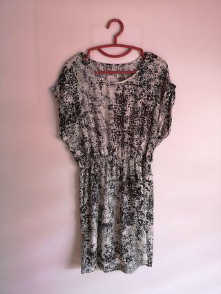 Splat Patterned Dress