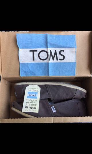 Toms US12