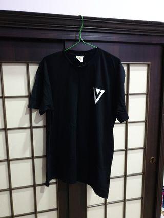 Seventeen T-Shirt Mingyu Size L