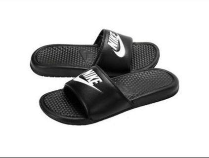 Nike Benassi Slides [PO]