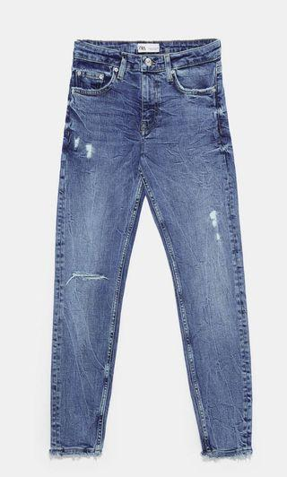Zara Jeans mid rise skinny ripped jeans