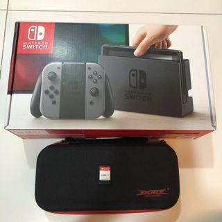 🚚 WTS- Nintendo Switch Grey + Fifa 18 + 1 brand new game of your choice + case