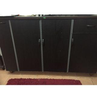 KITCHEN CABINET WITH TILES TOP