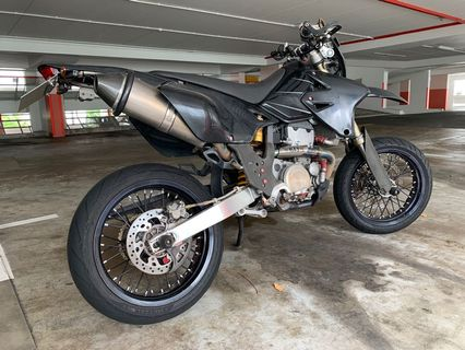 Drz400sm, Motorbikes, Motorbikes for Sale, Class 2A on Carousell