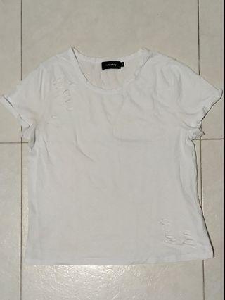 ripped white tshirt