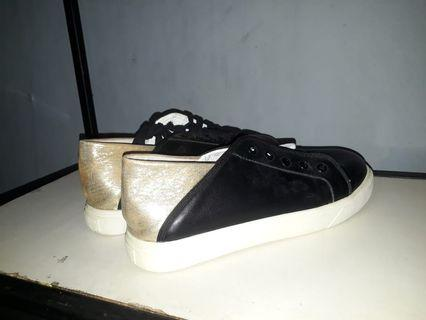 Sneakers Black Gold