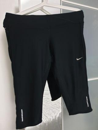 Nike woman black pants, size L dry fit