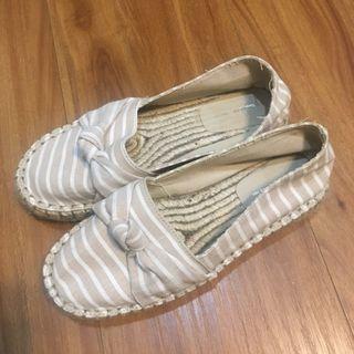 🚚 PULL&BEAR條紋草編鞋