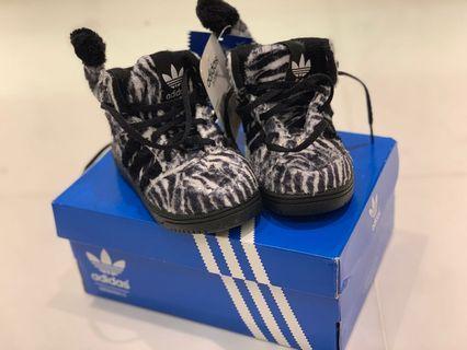 Adidas JS Zebra Kids Shoe Size US 5.5