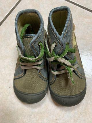 兒童外出鞋(9成新)