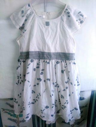 🚚 女童白色洋裝