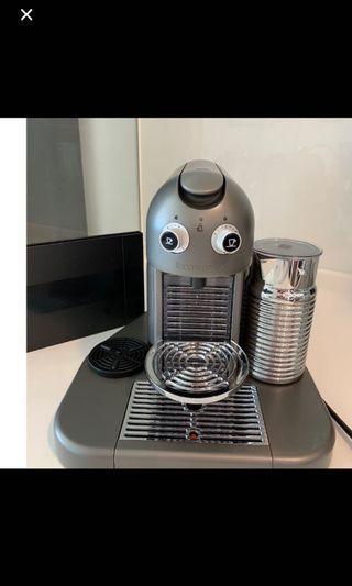 Nespresso Coffee Machine Gran Maestria