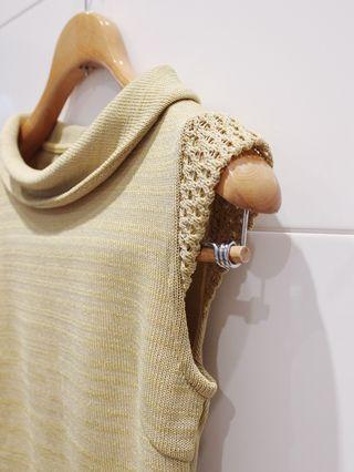 🚚 【百米衣櫥】淺綠古着針織無袖上衣