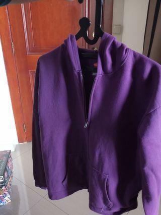 sweater hoodie jacket outer outwear blazer cardigan blouse atasan baju crop top longsleeves kaos lengan panjang shirt kulot jeans celana chinos baggy pants