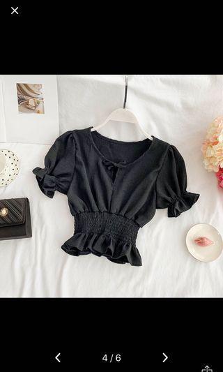 🚚 Black Crop Top