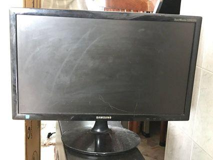 Samsung n Lenovo monitor