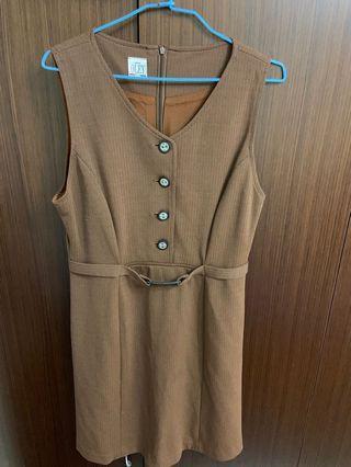🚚 媽媽ㄉ衣櫃-淺咖啡洋裝