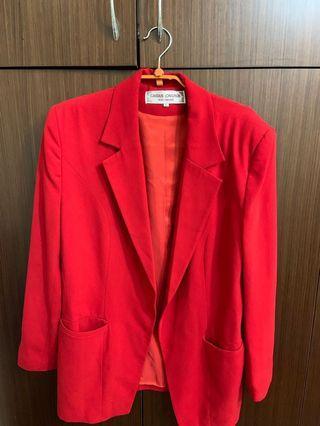 🚚 媽媽的衣櫃-紅色大衣