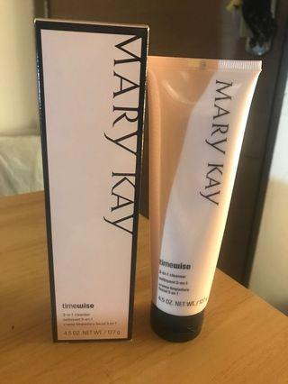 Mary Kay 3-1 cleanser