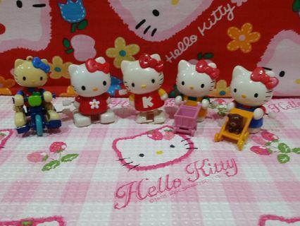 🚚 Kitty Figurines Set