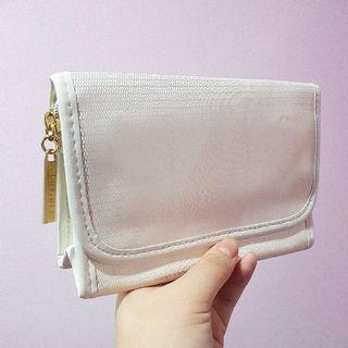 🚚 Shiseido pouch bag brand new in plastic