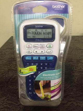 Brand new Brother p touch h107b label printer