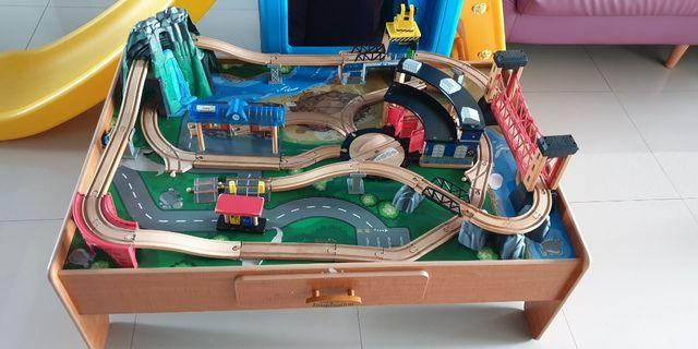 wts train track n table