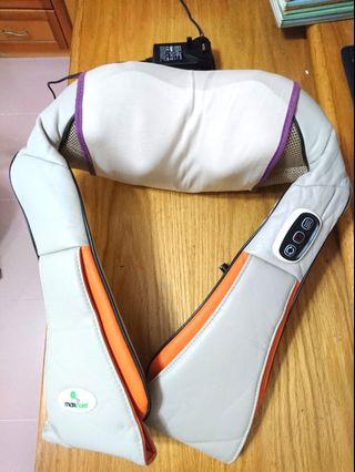 MAXCARE - 肩頸按摩 (只用數次, 現放出 )