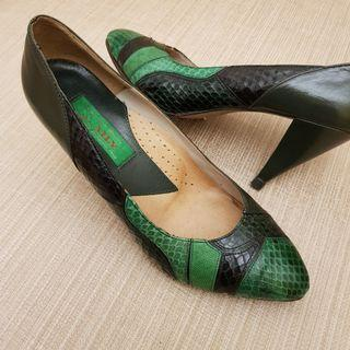 Vintage Green Leather Shoes