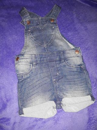 Overall jeans bayi perempuan merk H&M