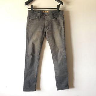 🚚 日版uniqlo T-000 復古做舊窄版褲 古著美品 版小約29腰