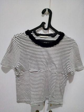 Zara Trafaluc semi cropped-Tshirt