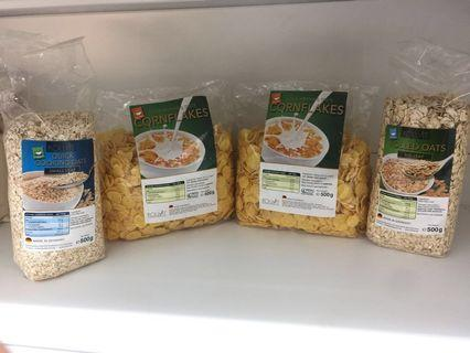 🚚 PROMO: BUY 2 pkt of CORNFLAKES FREE 1 pkt of OATS