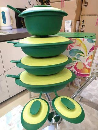 Tupperware Emerald Serving Set - 6