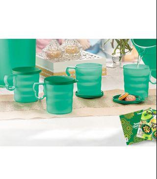 Tupperware Green Mugs x4