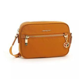 Hedgren Spark Sling Bag S in Curry Mustard Yellow