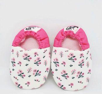 🚚 Baby Shoes Prewalker Booties