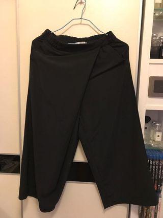 Korea 直腳七分長 pants