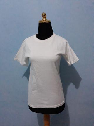 T-shirt / kaos polos 50rb get 3