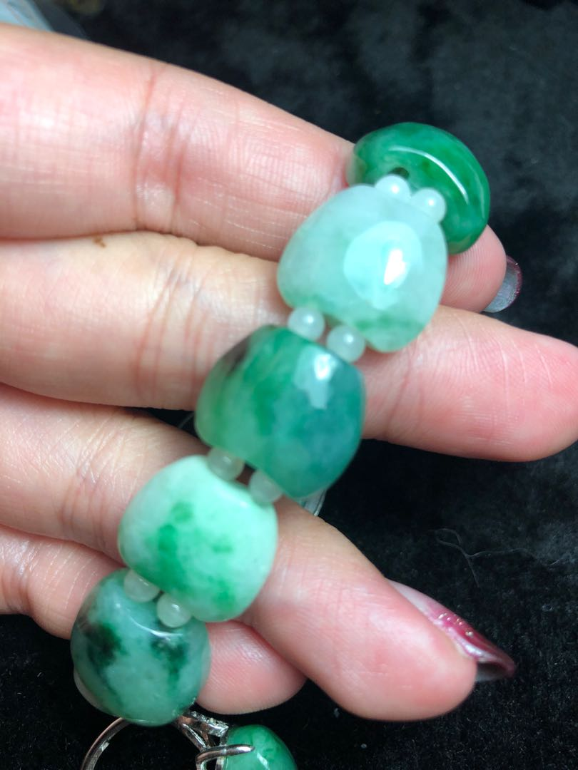 天然翡翠飄綠蘋果手鍊及鑲925純銀蘋果戒指