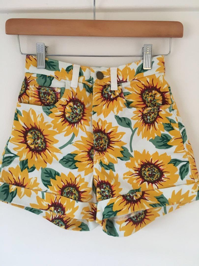 American apparel high waisted denim shorts with sunflower print size 6 xxs