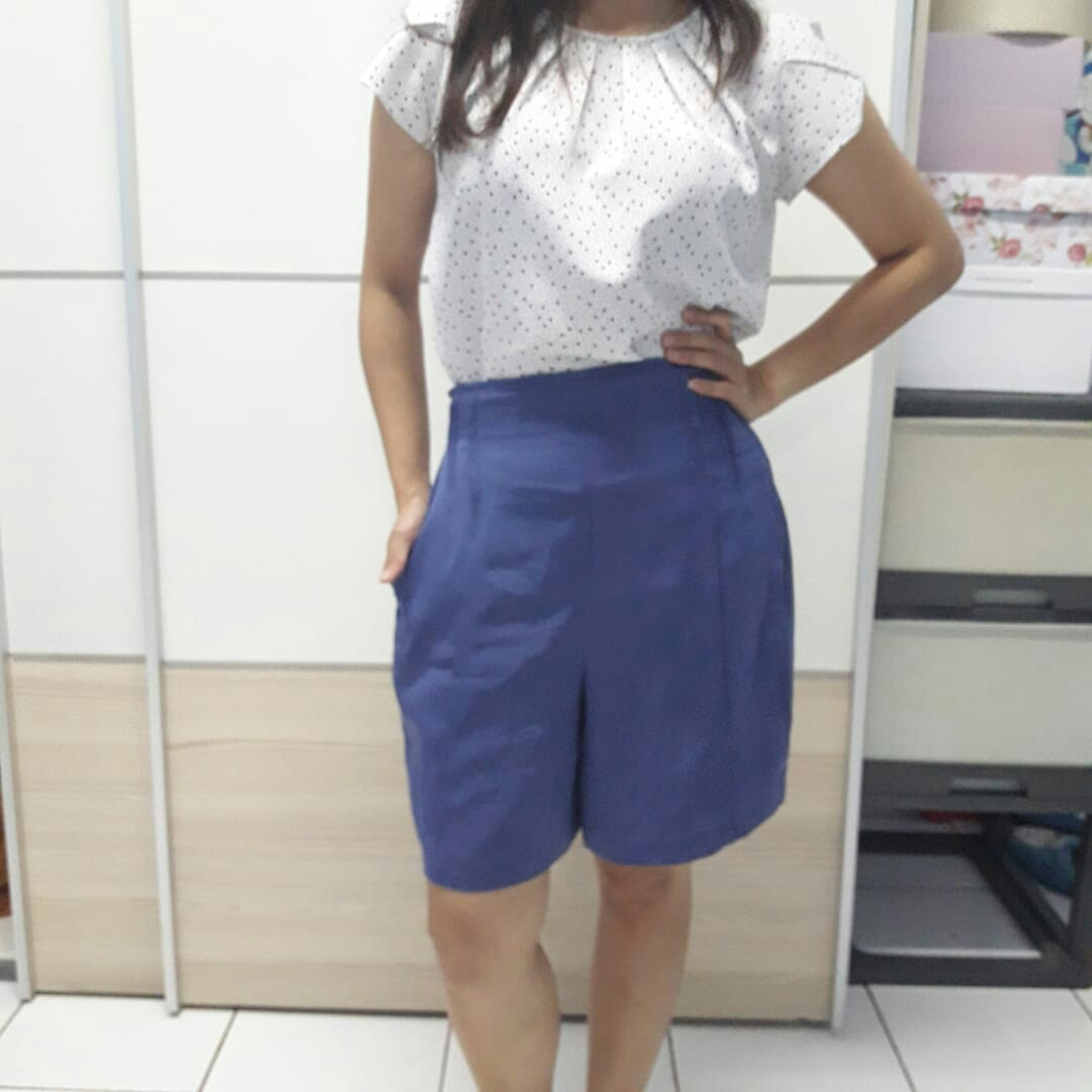 Blue high waist Shorts vintage / celana pendek bahan high waist