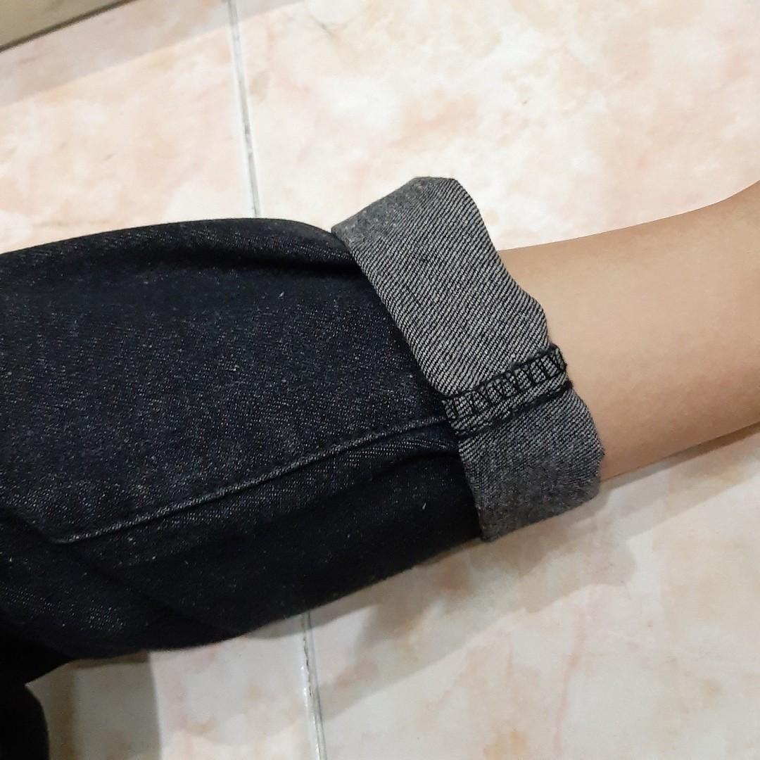 BN    Black Highwaisted Jeans (Instock)