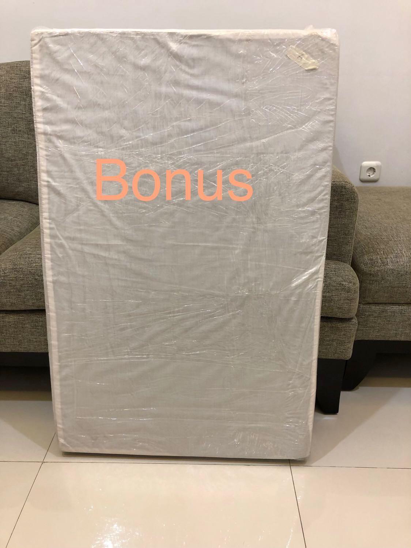 Box bayi/ ranjang bayi cocolatte FREE kasur dan 2 set seprei. Detail ada di deskripsi.