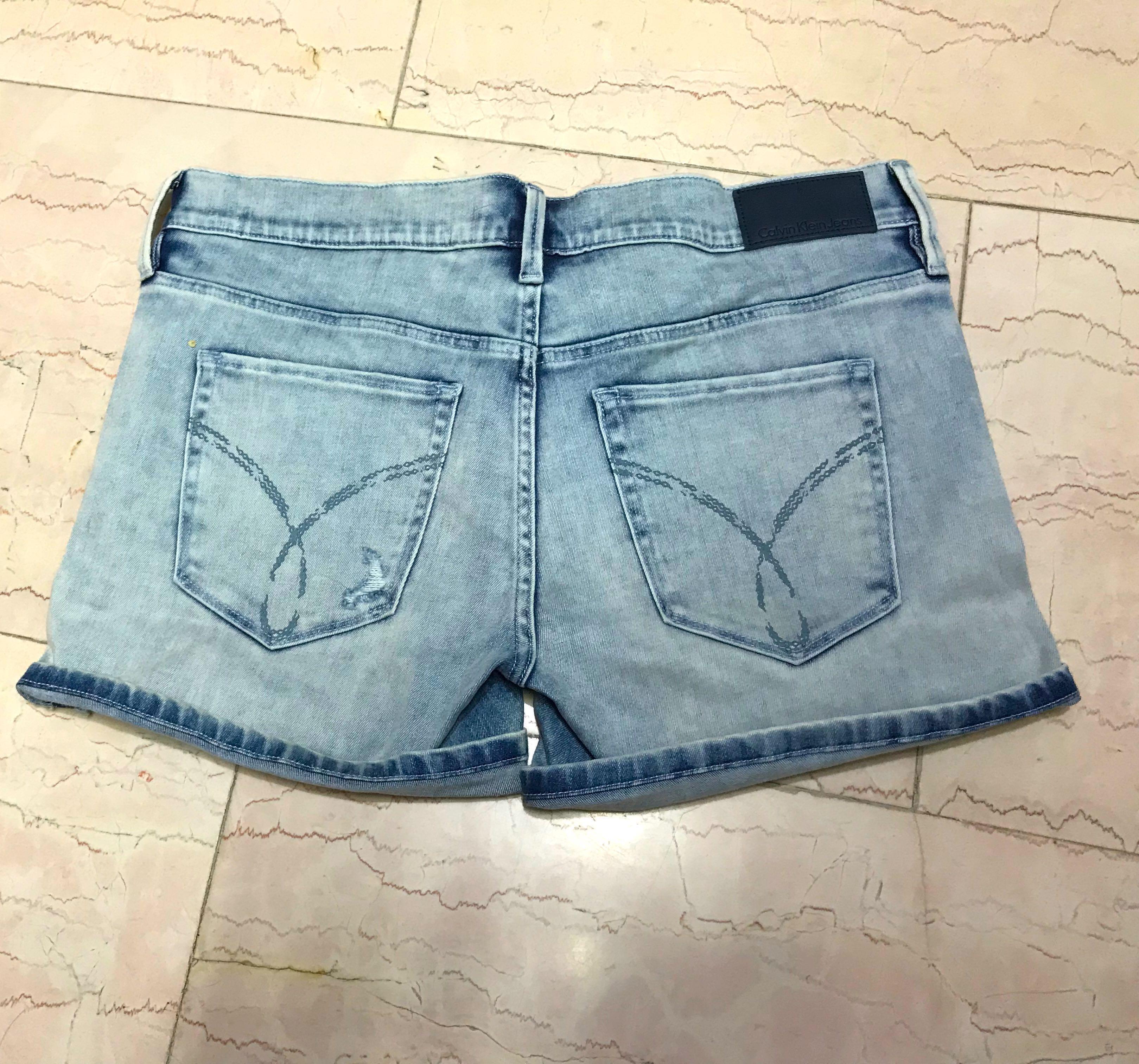 Calvin Klein短褲