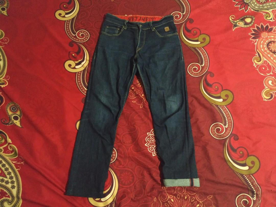 celana panjang jeans selvedge accent skinny fit arch denim